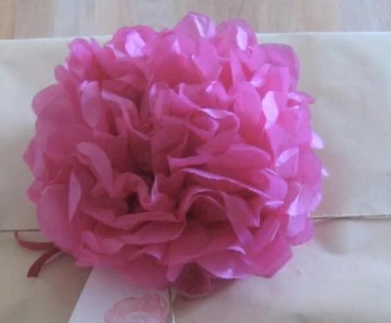 Růže z papíru