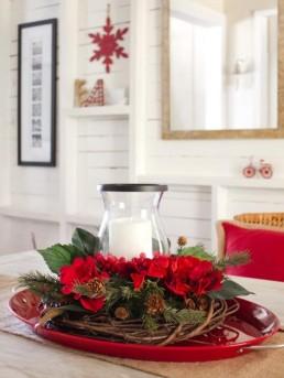 Pohádkově vánoční dekorace na stůl - zdroj: HGTV