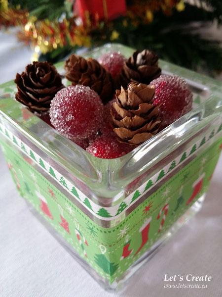 Vánoční dekorace se šiškami