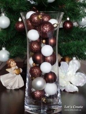 Váza z vánočníchozdob