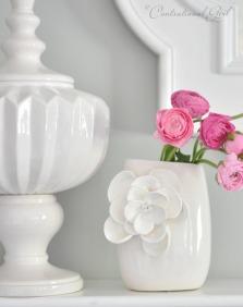 Elegantní váza - zdroj: CentSationalGirl