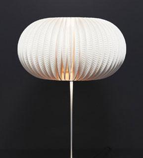 Luxusní lampa z papírovýchtalířků