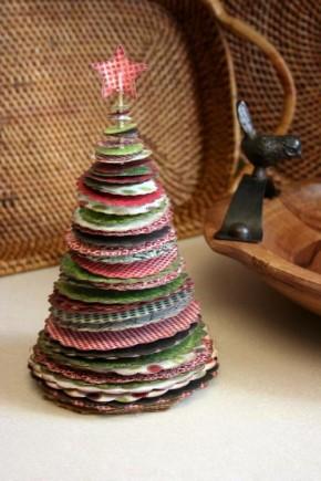 Papírové vánoční stromečky: 8x snápadem